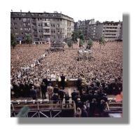 Kennedy spricht vor Berlinern